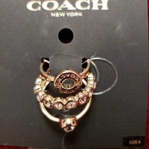 COACH Gold Tone Open Circle Ring Set Sz 6 NWT